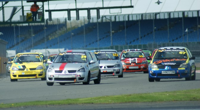Clio 182 Series: Round 1: Silverstone Race Report