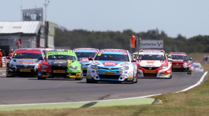 BTCC : Plato Out-Duels Turkington to Win Race 2