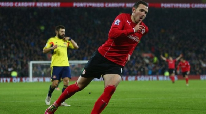 Premiership: Jordon Mutch: Cardiff midfielder set to complete £6m QPR move