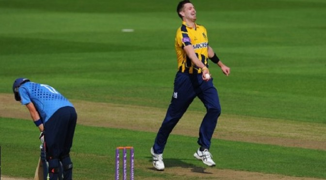 One-Day Cup: Warwickshire ease past Kent to reach Lord's final