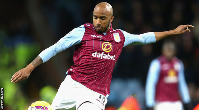 Premiership: Fabian Delph: Aston Villa midfielder extends contract