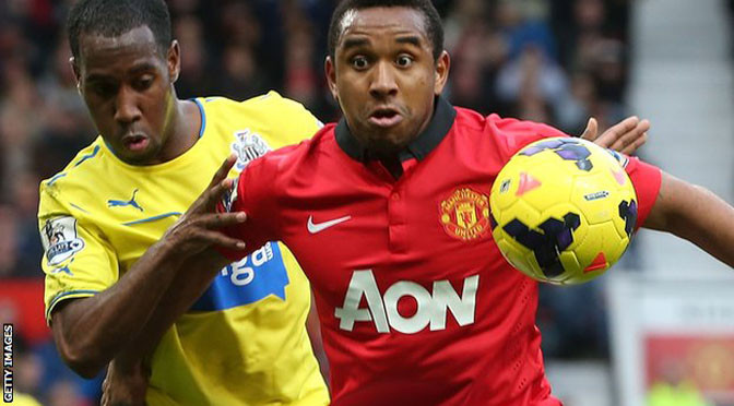 Premiership: Manchester United midfielder Anderson joins Internacional
