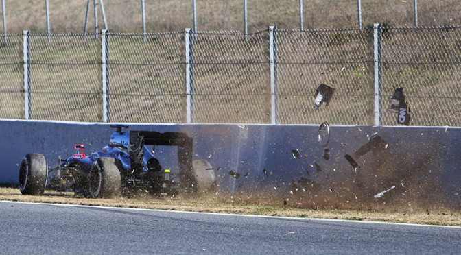 F1: 'Unpredictable winds' to blame for Alonso crash