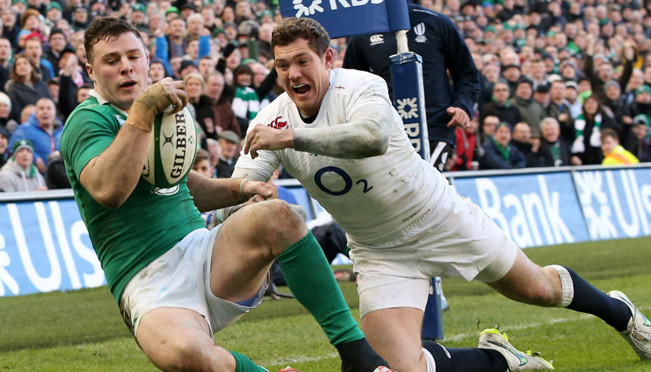 Six Nations: Ireland 19-9 England