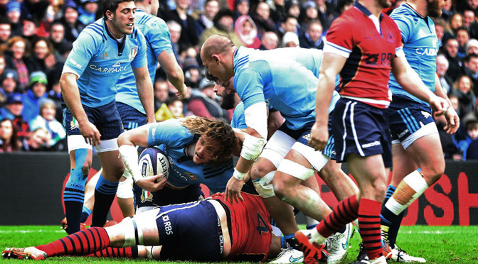 Six Nations: Scotland 19-22 Italy
