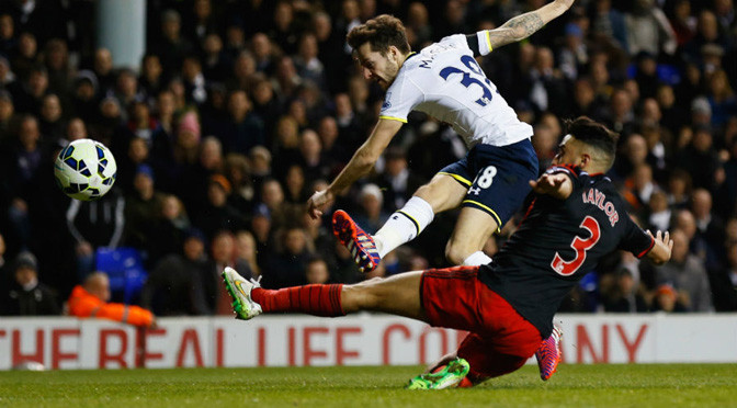 Premiership: Spurs 3-2 Swansea