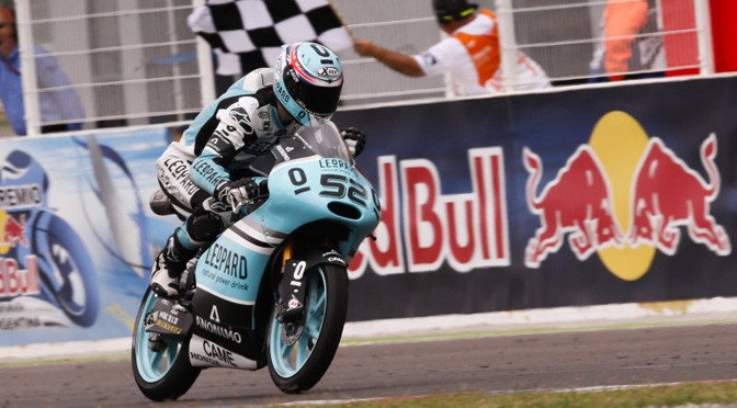 Moto3: Kent runs away with victory at #ArgentinaGP