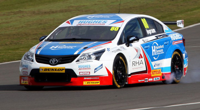 BTCC Brands Hatch FP1: Tom Ingram is fastest